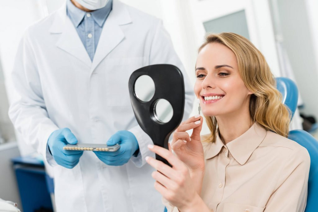 Who is the best dentist for dental implants in Lake Worth?